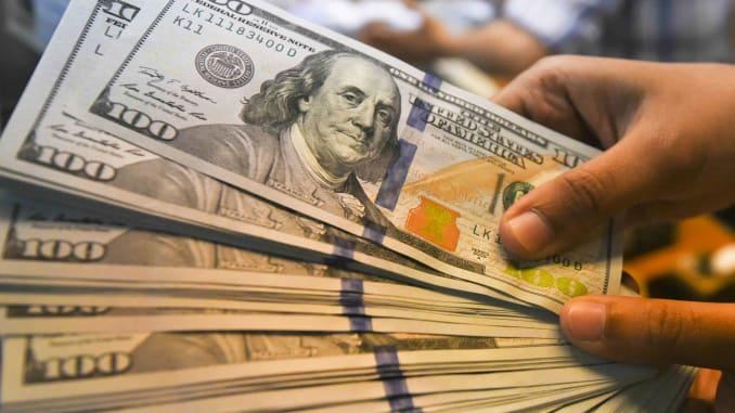 دلایل گران شدن دلار