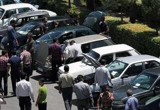 قیمت خودرو امروز ۹۷/۰۲/۱۷ | دلارهای قاچاق، خودرو را ۱.۵ تا ۵ میلیون تومان گران کرد