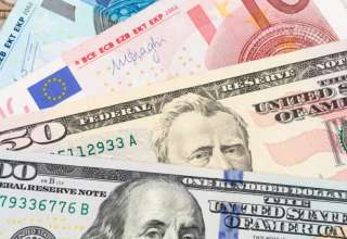 افزایش نرخ دلار و یورو در صرافی ملی /جزئیات قیمت رسمی انواع ارز