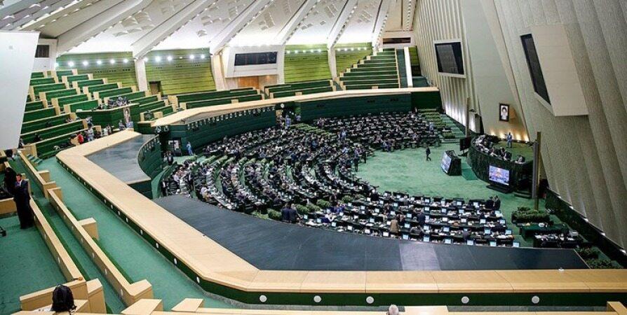 طرح مقابله با تحریمهای نفتی همچنان معطل اراده مجلس
