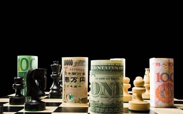 عقبنشینی گسترده دلار در برابر ارزهای مختلف با دور جدید جنگ تجاری