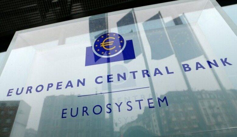 بحران نقدینگی نیمی از بانک های منطقه یورو را تهدید می کند