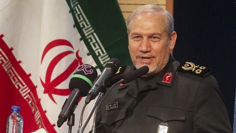 سرلشکر صفوی: سیاست جمهوری اسلامی ایران پرهیز از ورود به جنگ است