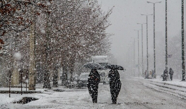برف و باران در راه خراسان شمالی/ کاهش 12 درجه ای دما