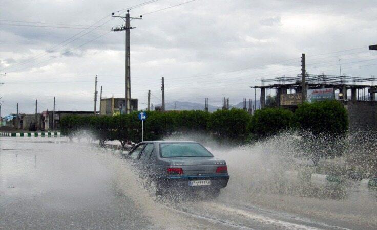 هواشناسی ۹۹/۱/۶/باران در هفته دوم نوروز ادامه دارد/افزایش 17 درصدی تردد در جادهها در شبانهروز گذشته/ ترافیک سنگین در آزادراه تهران - کرج