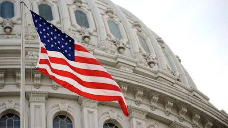 تصویب بسته 2 تریلیون دلاری در سنای آمریکا /بزرگترین محرک اقتصادی تاریخ ایالات متحده در یک قدمی میز ترامپ